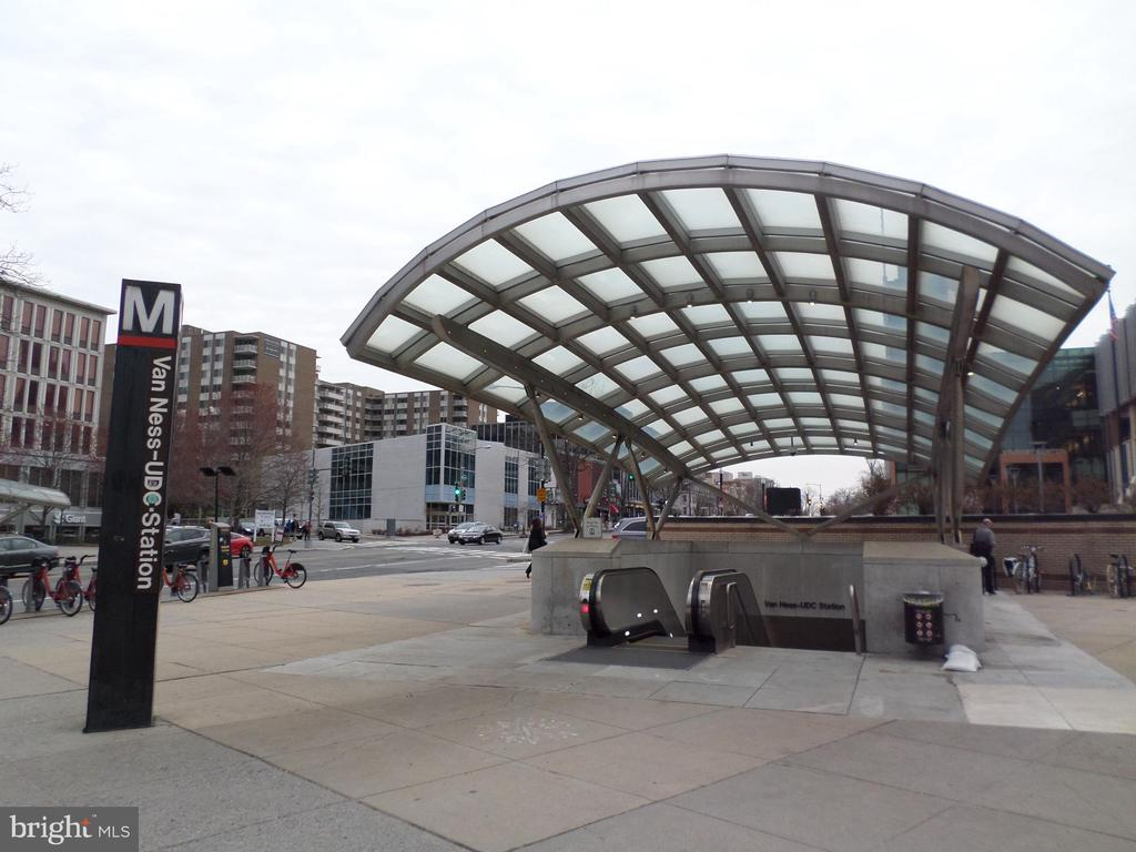 Van Ness Metro station - 2939 VAN NESS ST NW #726, WASHINGTON
