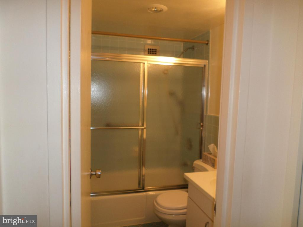 Bathroom with tub and shower - 2939 VAN NESS ST NW #726, WASHINGTON