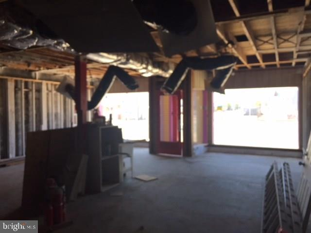 2304 LONG BEACH BLVD - Picture 11
