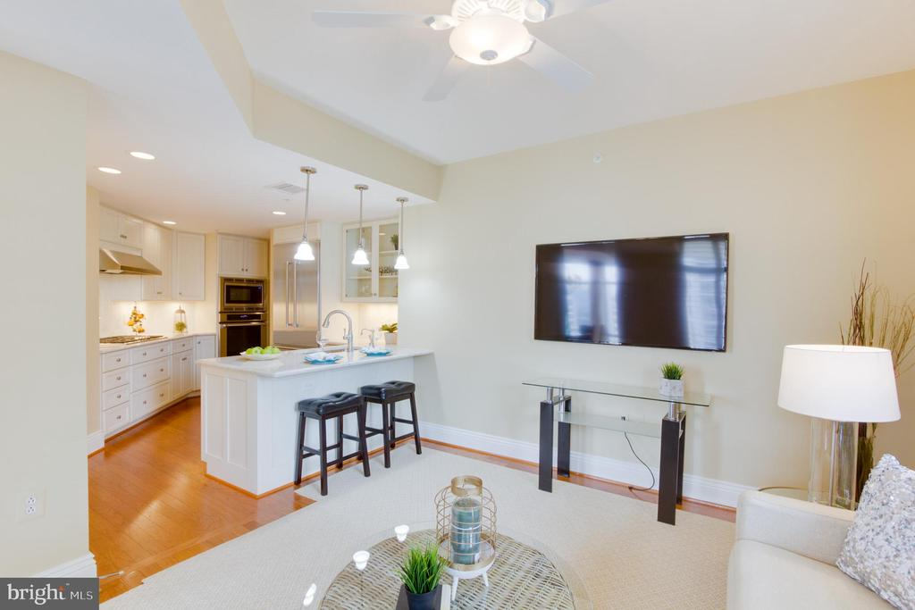 Family Room - 11990 MARKET ST #812, RESTON