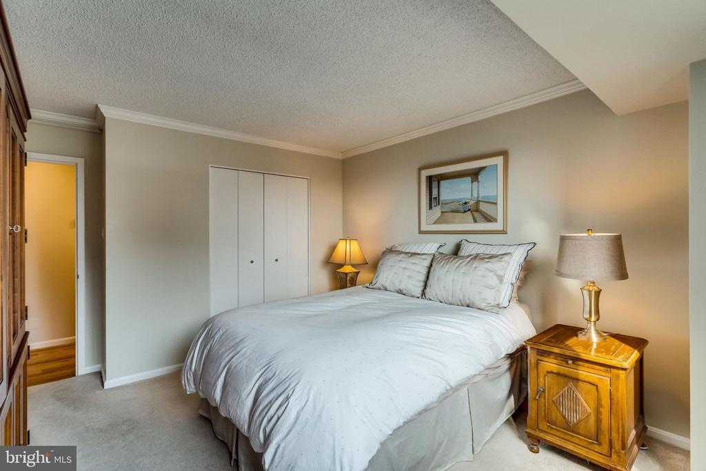 Bedroom 2 - 3800 FAIRFAX DR #704, ARLINGTON