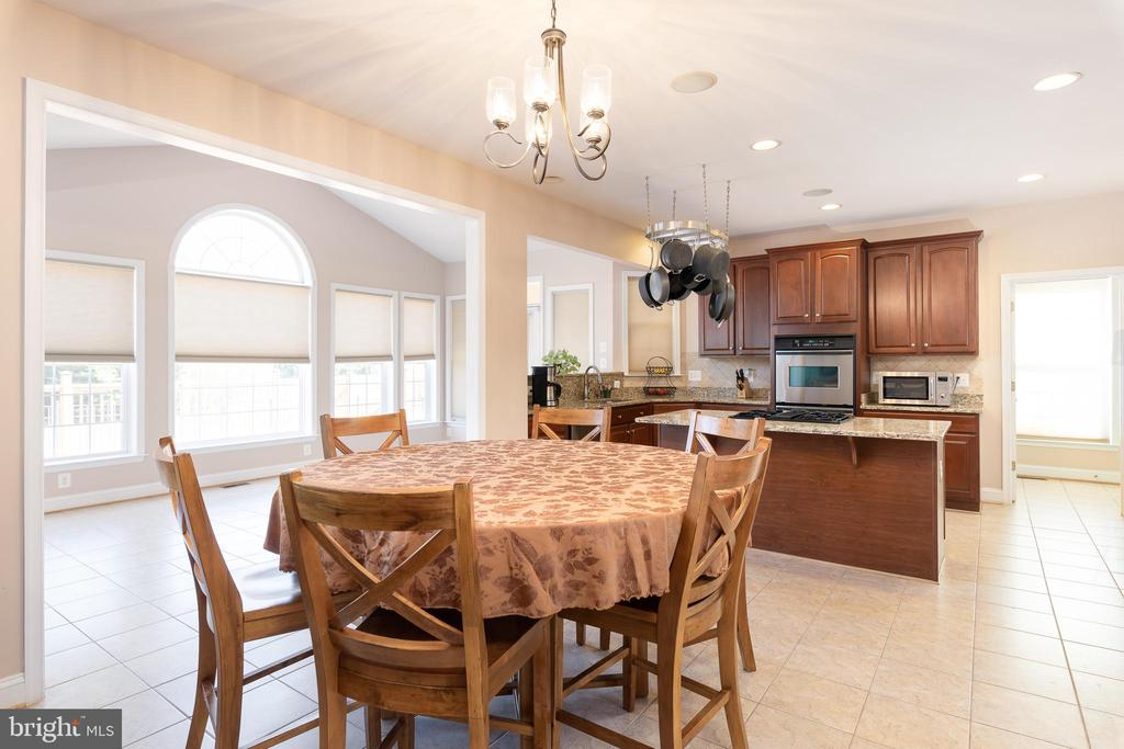 Spacious Breakfast Area- This Table Seats 6! - 12515 SINGLE OAK RD, FREDERICKSBURG