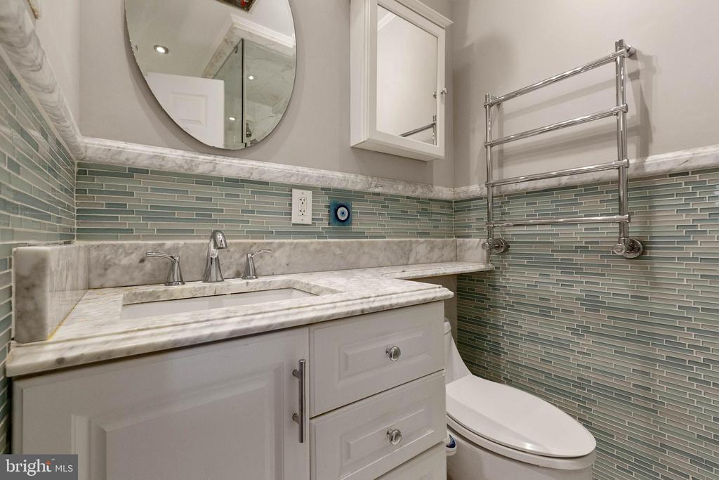 Remodeled Master Bath - 13315 QUEENS LN, FORT WASHINGTON