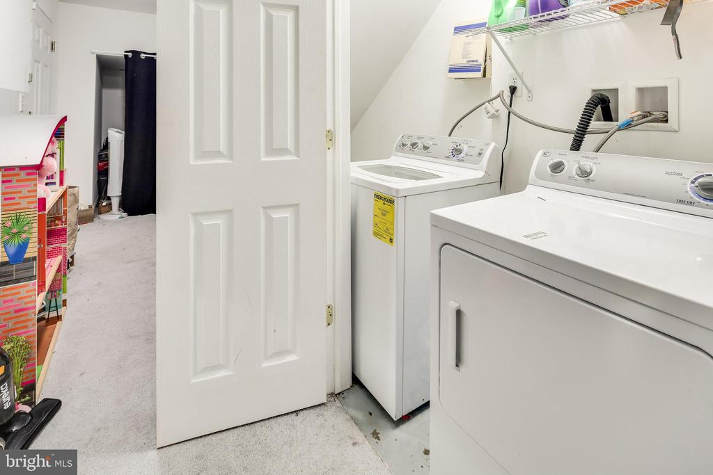Laundry room - 3417 WOOD CREEK DR, SUITLAND