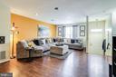 Living room - 3417 WOOD CREEK DR, SUITLAND