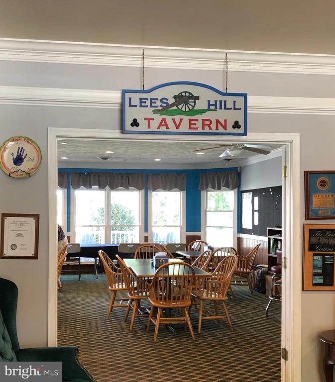 Lee's Hill Tavern - 9806 RAMSAY DR, FREDERICKSBURG