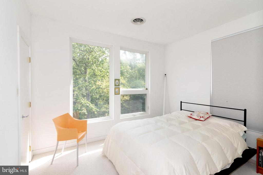 Bedroom 2 - 74 WOODCUTTERS LN, HARPERS FERRY