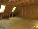 unfinished studio over garage - 903 EASTOVER PKWY, LOCUST GROVE