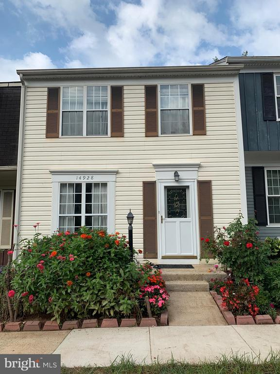 Front View - 14928 AMPSTEAD CT, CENTREVILLE
