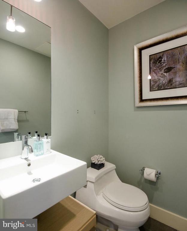 Powder Room - 1401 Q ST NW #305, WASHINGTON