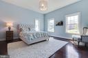 Main Level Bedroom - 26479 BARTON PARK CT, CHANTILLY