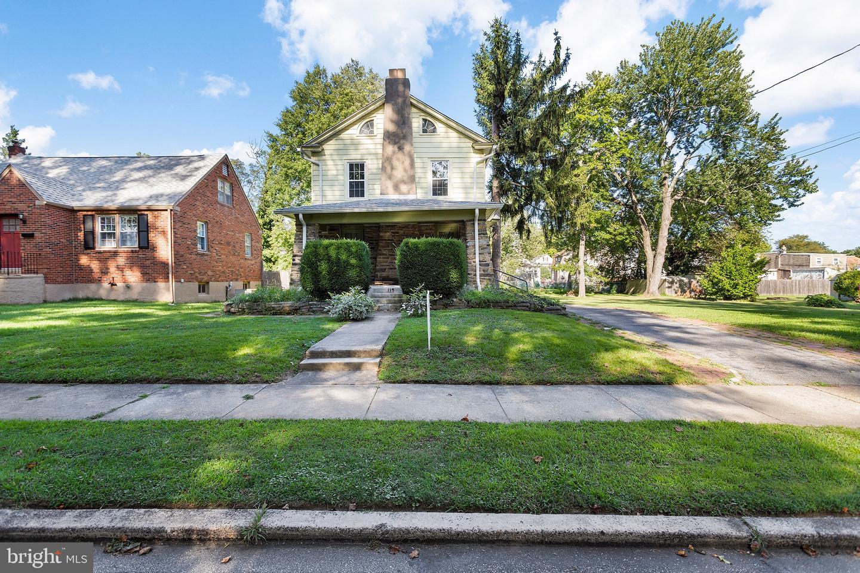 Property por un Venta en Aldan, Pennsylvania 19018 Estados Unidos