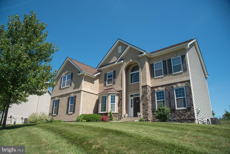 Single Family Homes للـ Sale في Feasterville Trevose, Pennsylvania 19053 United States