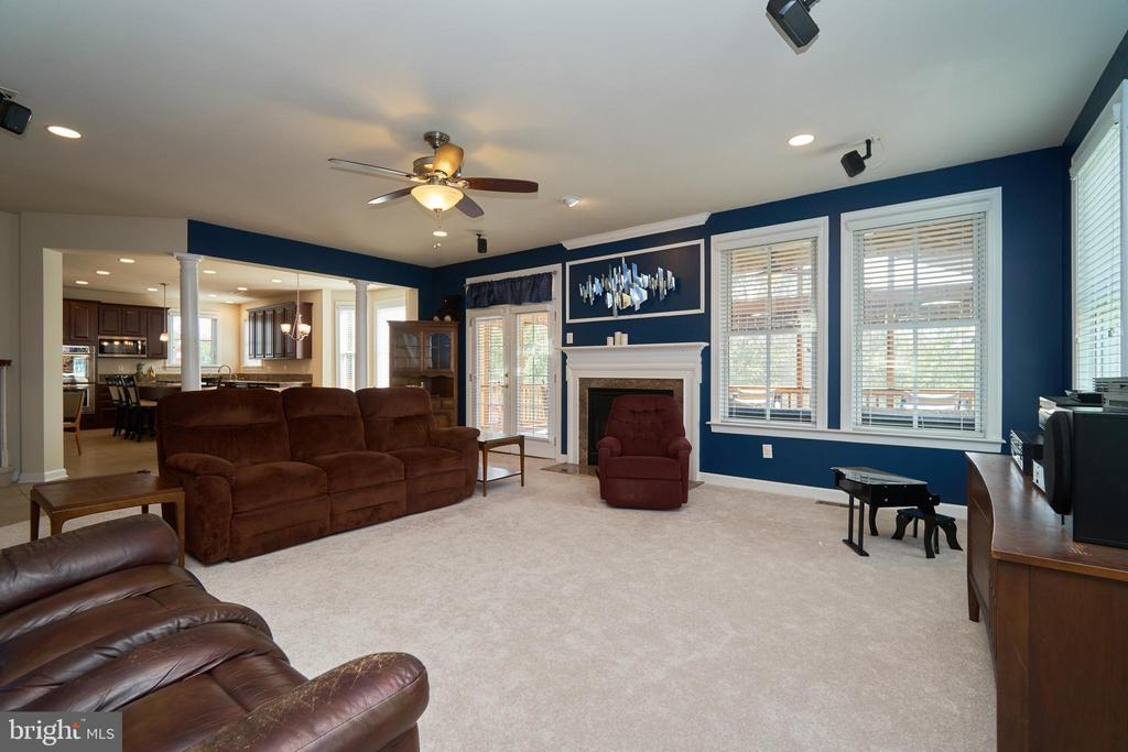 Large family room with gas fireplace - 10828 HENRY ABBOTT RD, BRISTOW