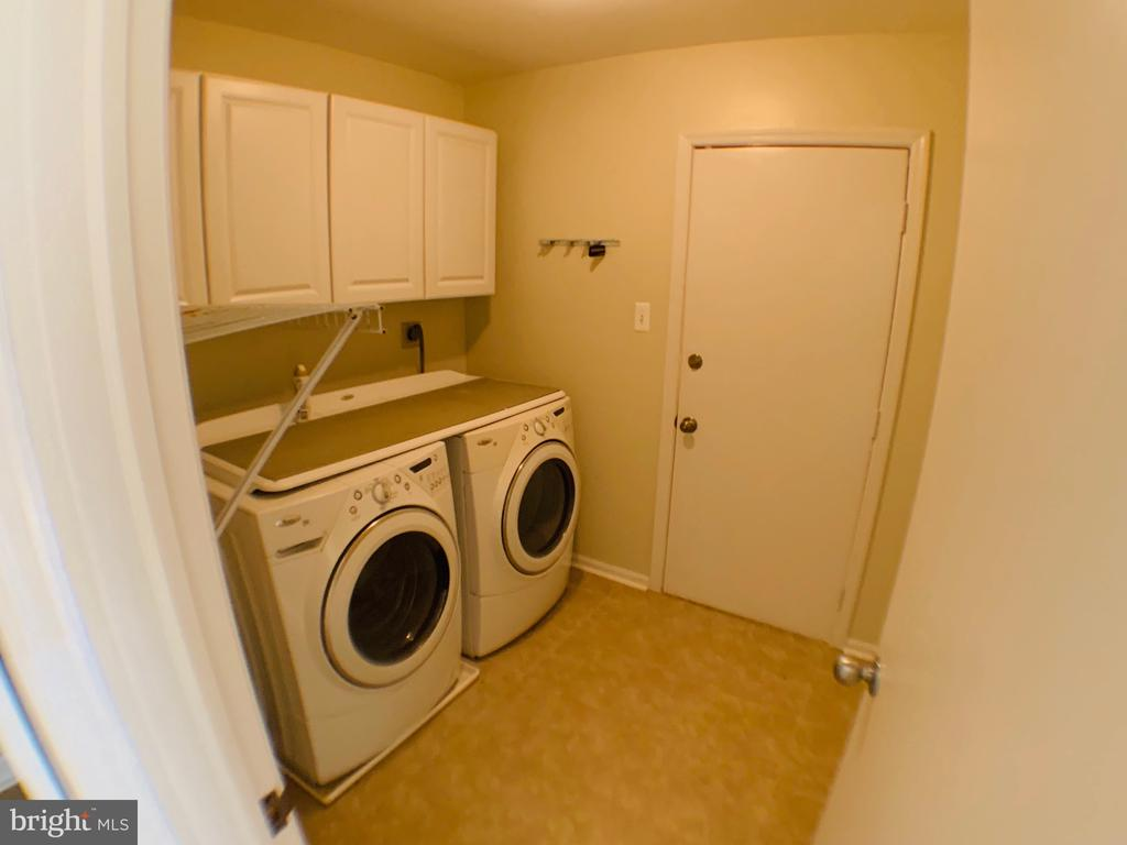 Laundry Room - 3488 LYON PARK CT, WOODBRIDGE