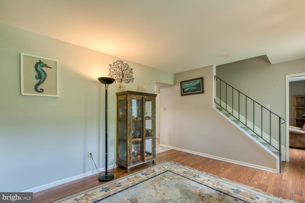 Great space for your home office or formal living - 12 ROSEWOOD ST, FREDERICKSBURG