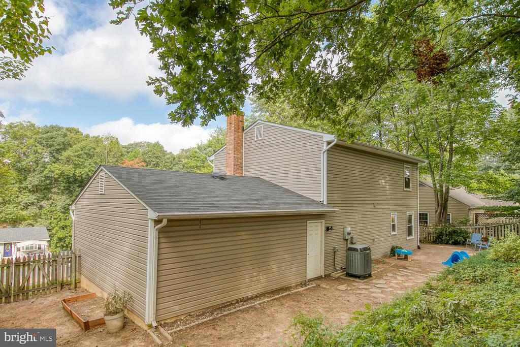 Tons of patio space! - 12 ROSEWOOD ST, FREDERICKSBURG