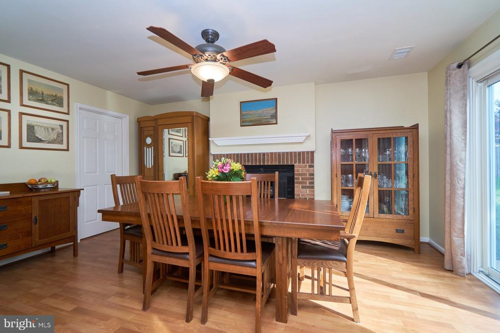 Family Room-currently being used as a dining room - 14515 WILLIAM CARR LN, CENTREVILLE