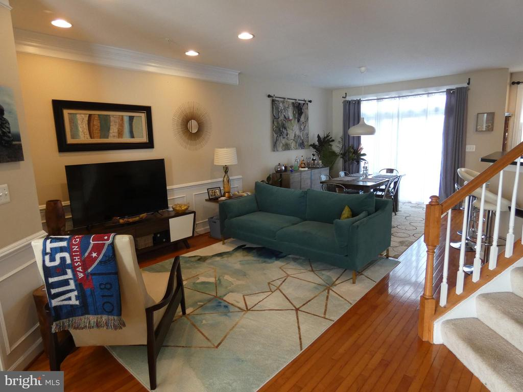 Main level sitting / dining combination - 1524 ARTILLERY TER NE, LEESBURG