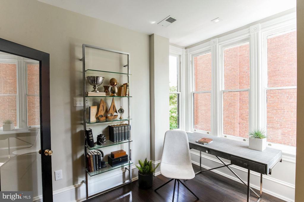 Home Office - 3030 Q ST NW, WASHINGTON