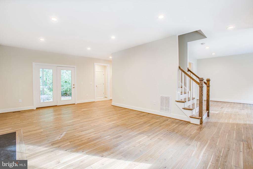 Living Room with Recessed Lighting - 210 FAIRFAX LN, LOCUST GROVE