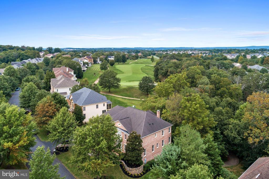 View of the 6th Hole - 43546 FIRESTONE PL, LEESBURG