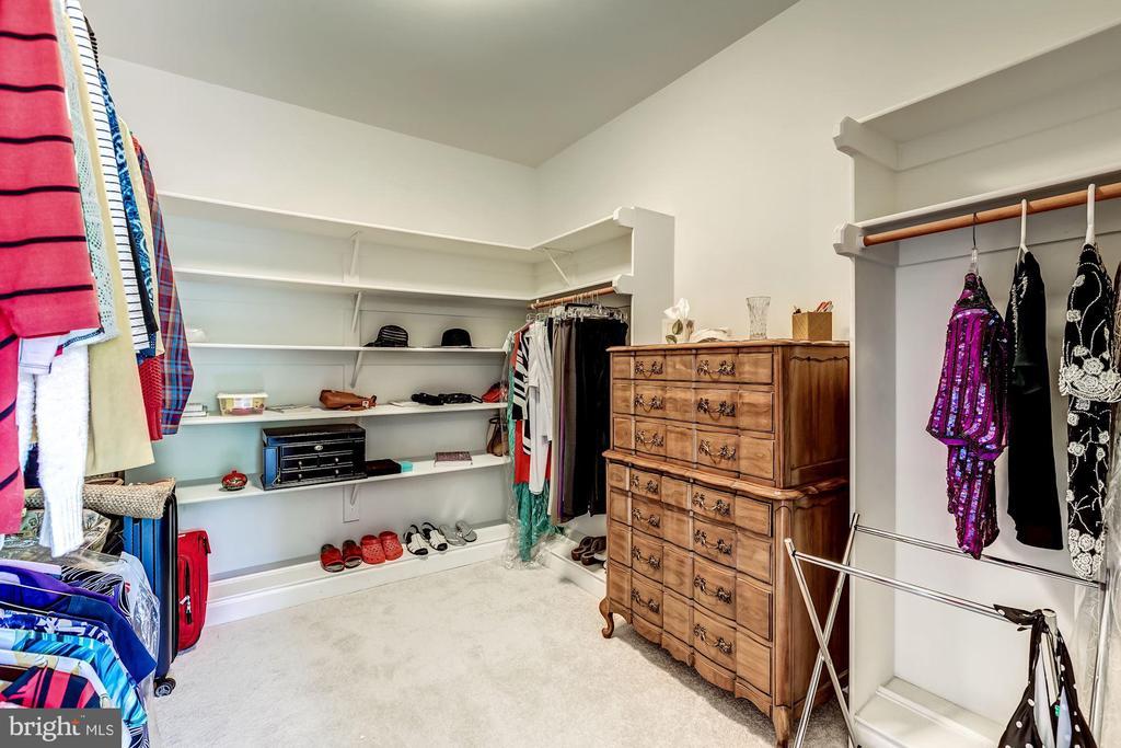 1 of 2 Walkin Closets in Master - 43546 FIRESTONE PL, LEESBURG