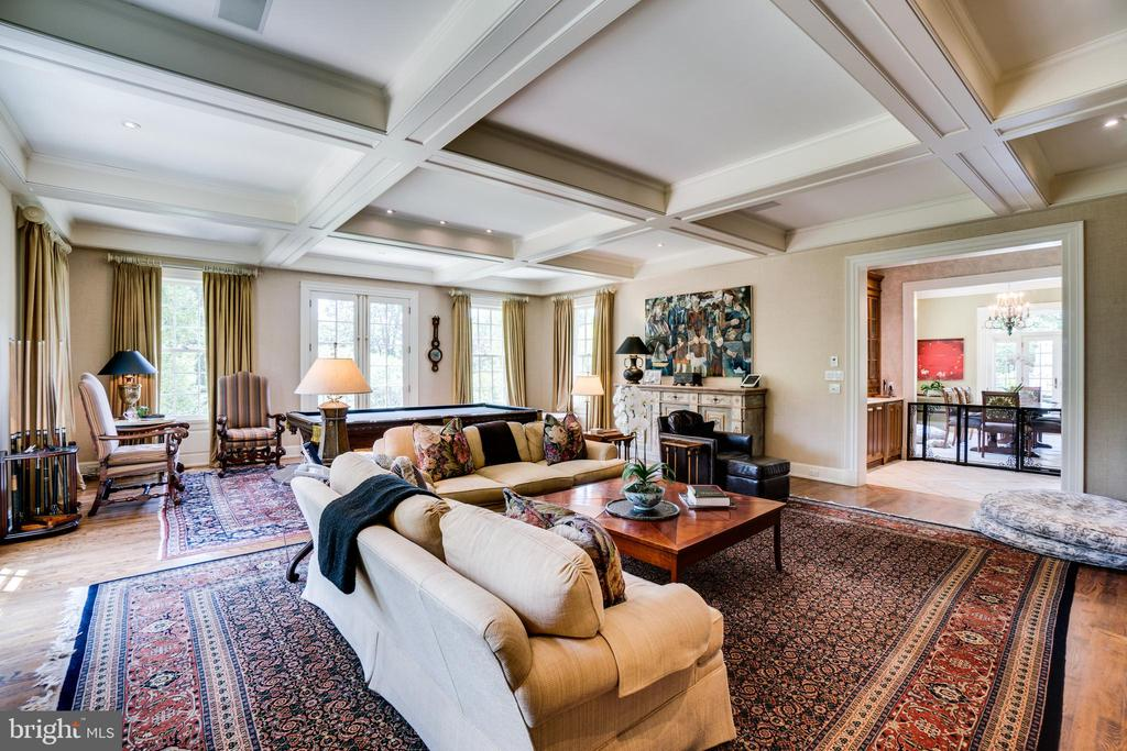 EXPANSIVE FAMILY ROOM - 5320 27TH ST NW, WASHINGTON