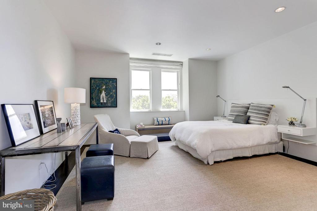 Bedroom 2 - 1418 33RD ST NW, WASHINGTON