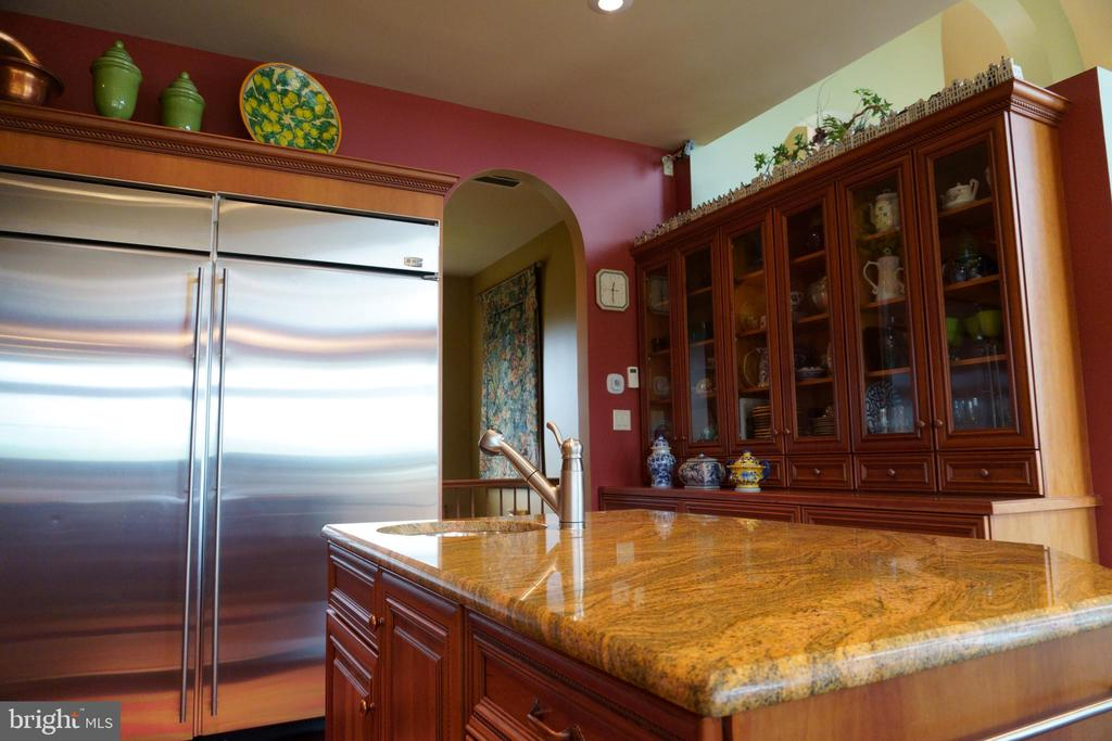 GE Monogram stainless steel appliances - 120 QUAIL LN, NEW MARKET