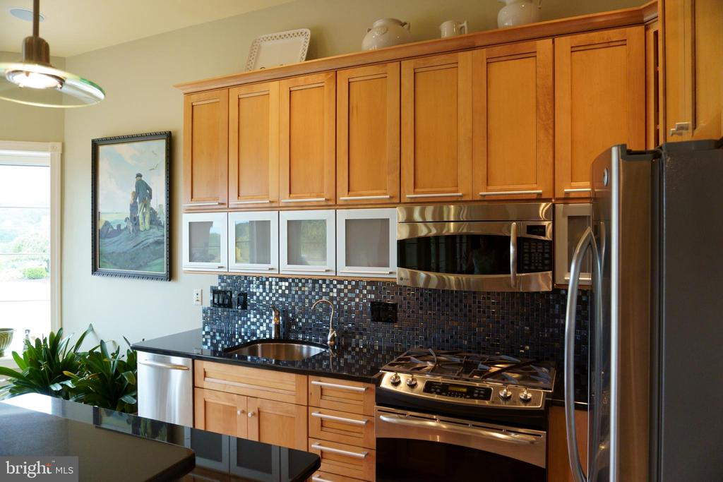 Fully equipped kitchen - 120 QUAIL LN, NEW MARKET
