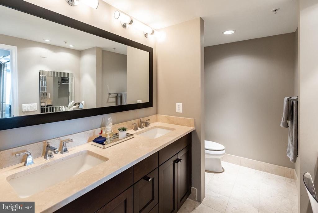Owner's Bath - 7710 WOODMONT AVE #703, BETHESDA