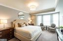Owner's Suite with Sitting Area - 7710 WOODMONT AVE #703, BETHESDA