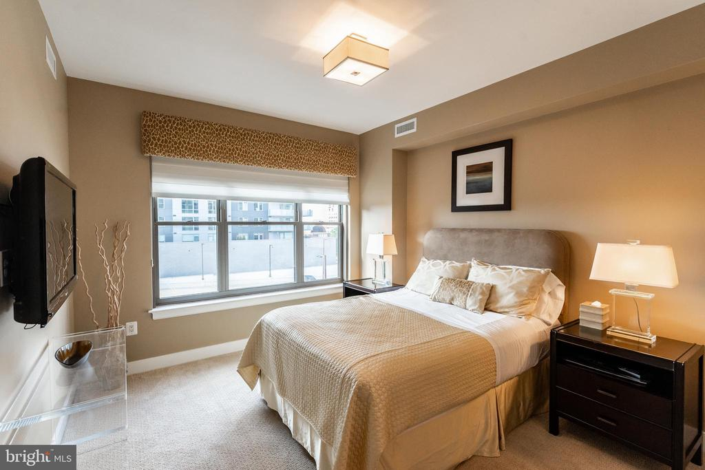 Bedroom Suite #2 - 7710 WOODMONT AVE #703, BETHESDA