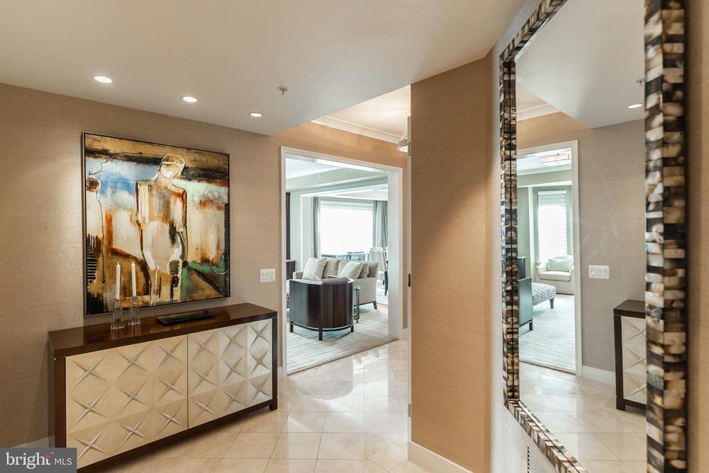 Foyer - 7710 WOODMONT AVE #703, BETHESDA