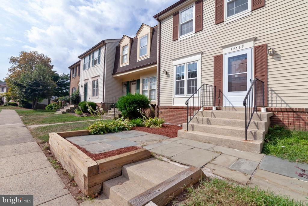 - 14363 WATERY MOUNTAIN CT, CENTREVILLE