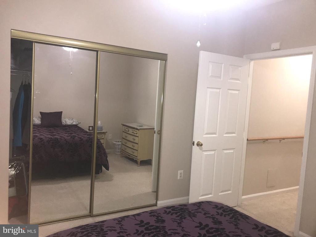 Bedroom 1 - 20453 CHESAPEAKE SQ #103, STERLING