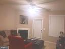 Living room - 20453 CHESAPEAKE SQ #103, STERLING