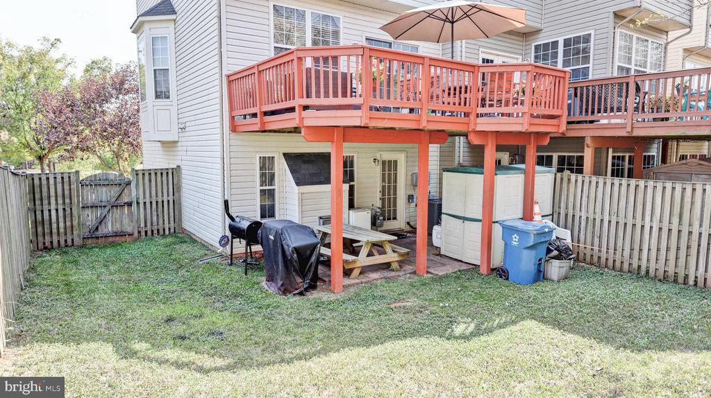 Great  sized backyard that is nice and level - 44148 APPALACHIAN VISTA TER, ASHBURN