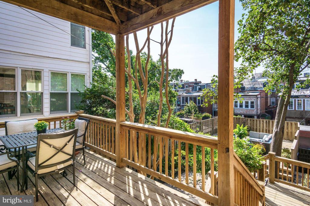 Rear Porch off Kitchen - 1752 LAMONT ST NW, WASHINGTON