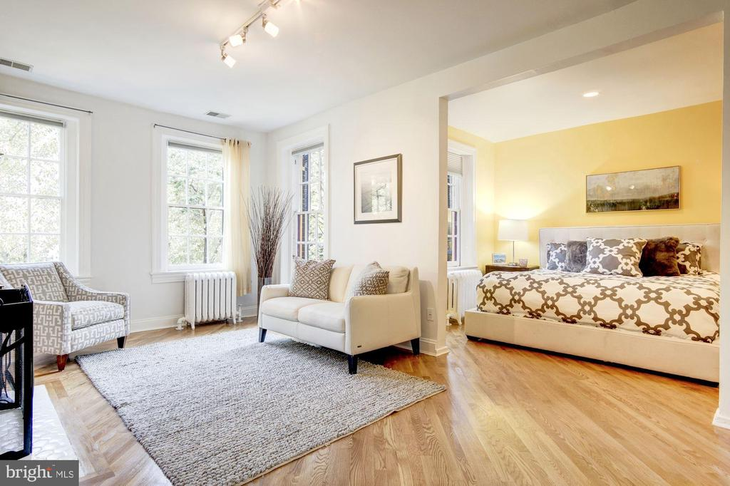 Master Bedroom en suite - 1752 LAMONT ST NW, WASHINGTON