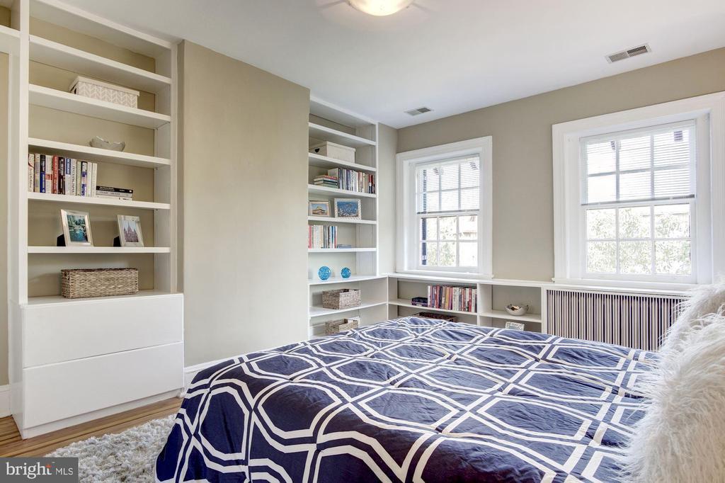 Third Bedroom (3rd Floor) - 1752 LAMONT ST NW, WASHINGTON