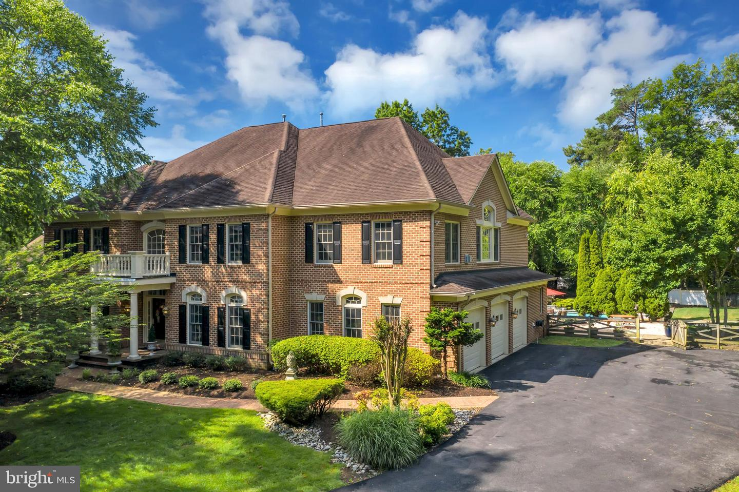 Single Family Homes for Sale at Oakton, Virginia 22124 United States