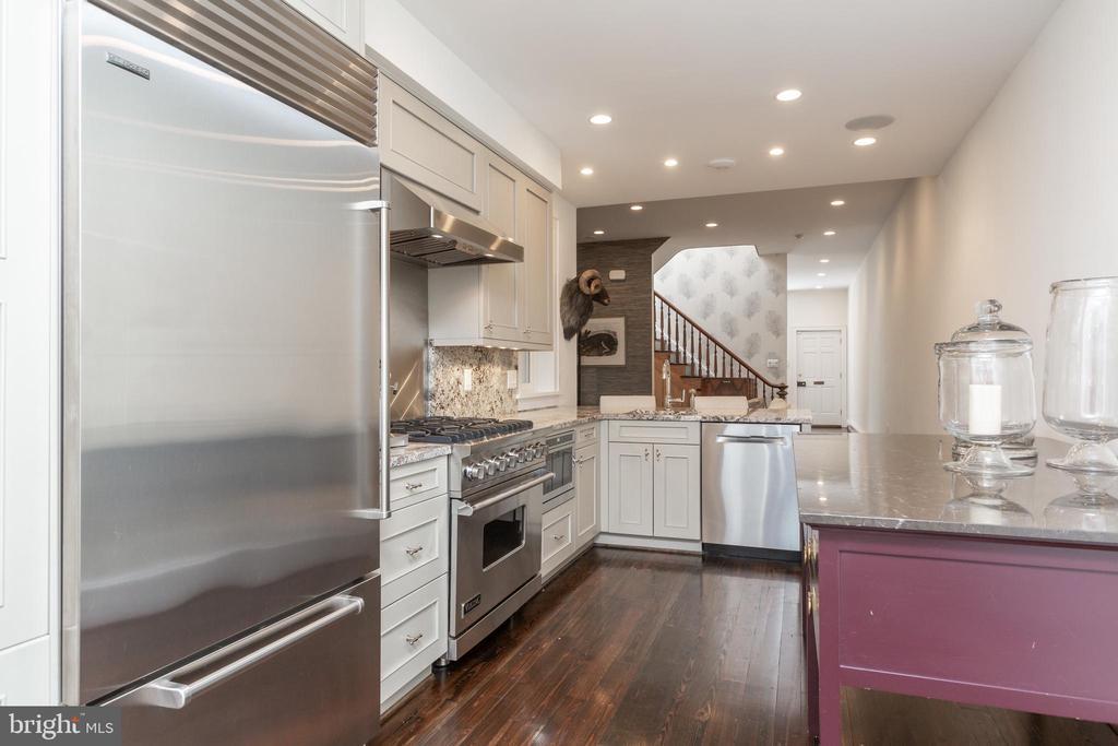Kitchen - 3137 O ST NW, WASHINGTON