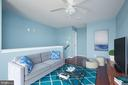 Upper Level Master Suite or Den Area - 549 REGENT PL NE, WASHINGTON