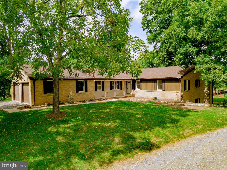 Single Family Homes 용 매매 에 Charles Town, 웨스트버지니아 25414 미국