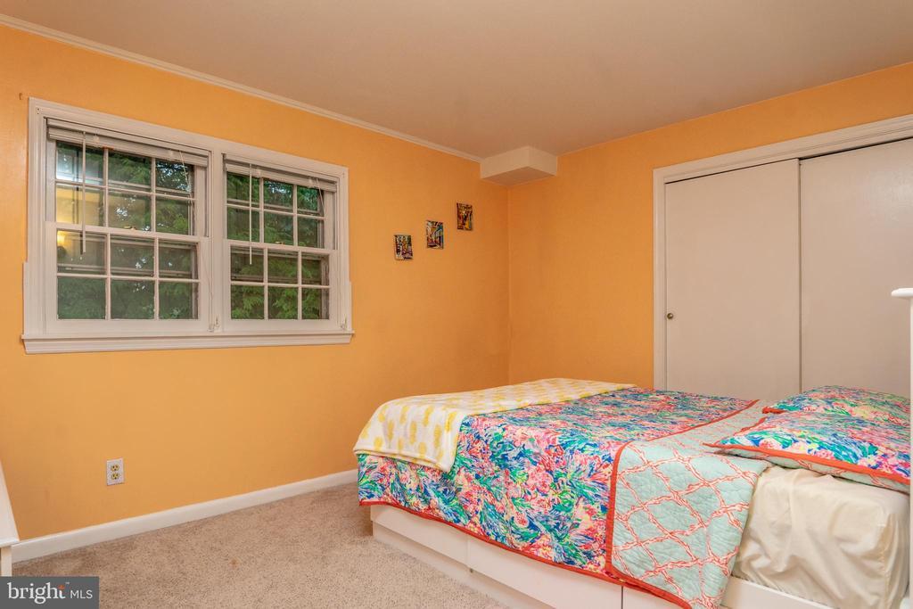 Bedroom 1 Upper Level - 7325 AUBURN ST, ANNANDALE