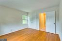 Large closet in Bedroom #2 - 6411 WYNGATE DR, SPRINGFIELD