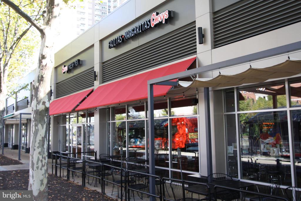 Great  Pentagon Center Shops, Restaurants - 1300 S ARLINGTON RIDGE RD #512, ARLINGTON