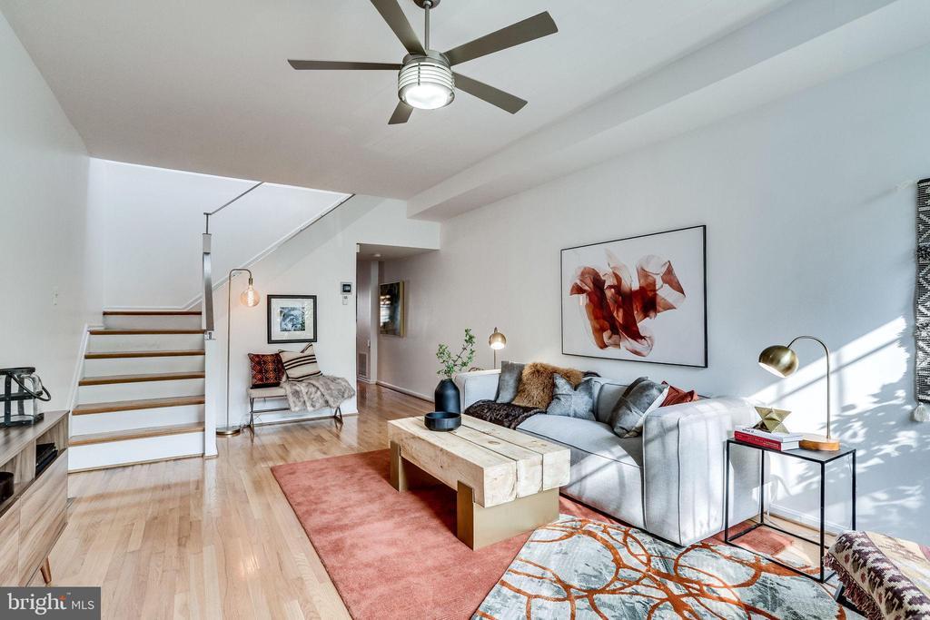 Living Room - 1544 8TH ST NW, WASHINGTON